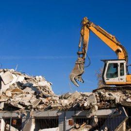 Abusi edilizi, il condono ambientale non salva dalla demolizione