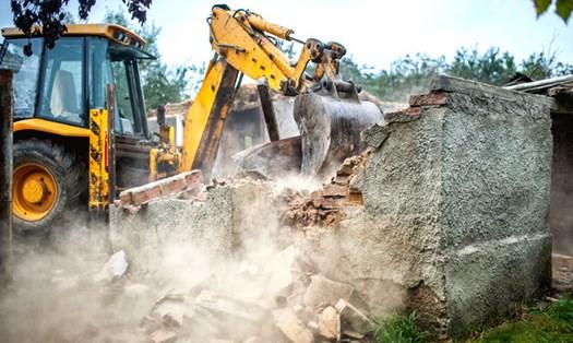 Abusi edilizi, per la demolizione basta un sopralluogo