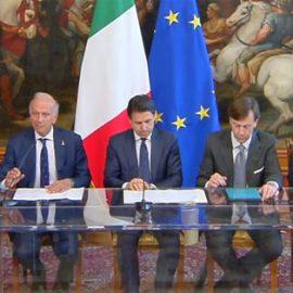 Scuole, dall'Europa 1,555 miliardi di euro al Governo