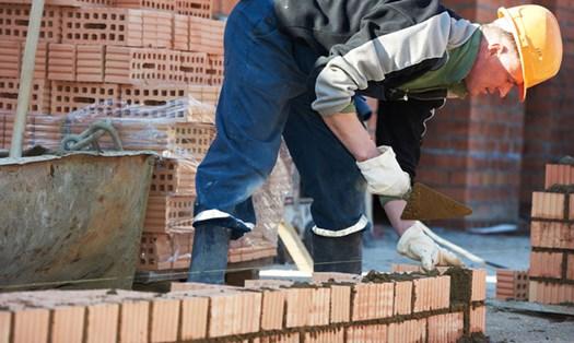 Abusi edilizi, per demolirli basta la descrizione delle opere
