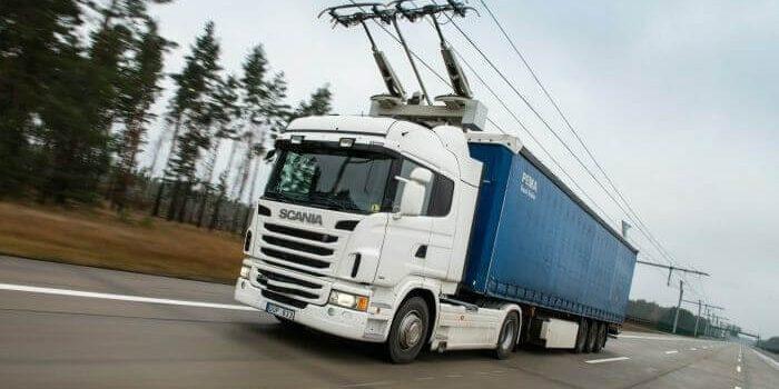 eHighway: a cosa servono e come funzionano le autostrade elettrificate