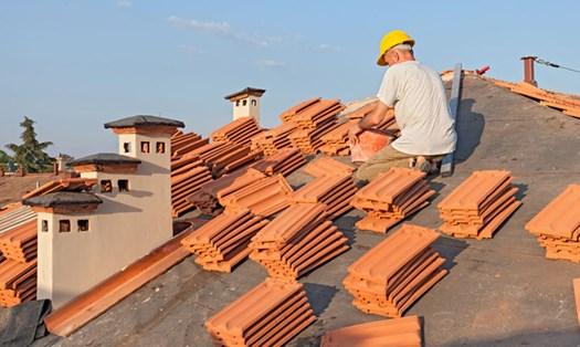 Condominio, chi paga per la manutenzione del tetto?